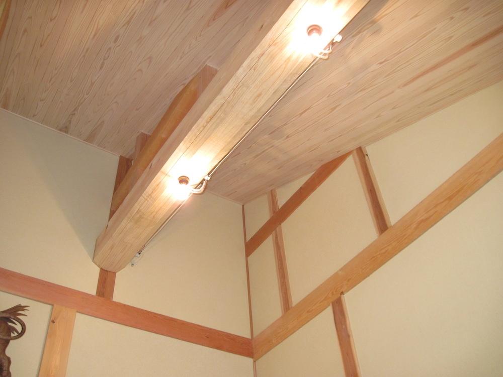 玄関ホール天井.JPG