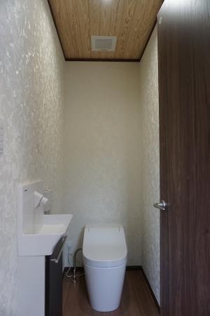 トイレのコピー.JPG